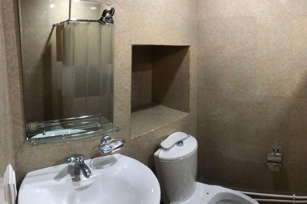 Chambre Double Standard, salle de bains privée - Salle de bain