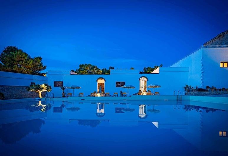 Torre Casciani, Ugento, Vonkajší bazén