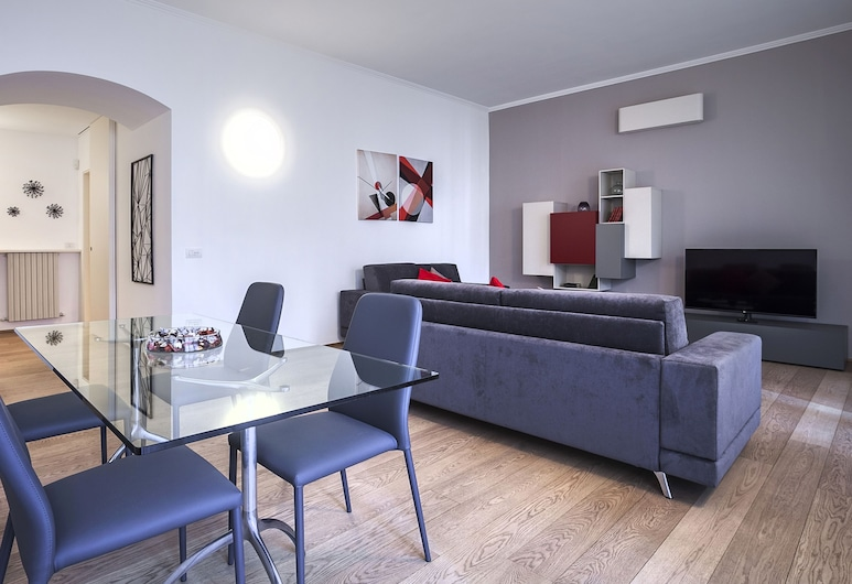 Italianway - Sant'Orsola 3, Milan, Apartment, 2 Bedrooms, Living Room