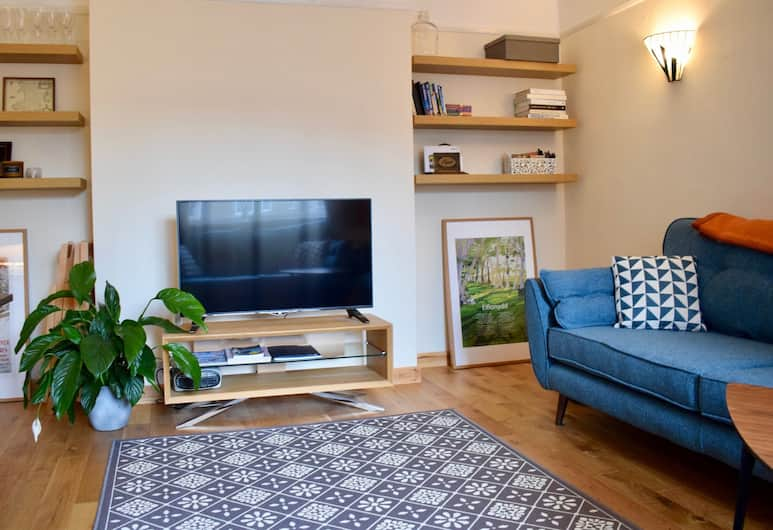 Spacious 2 Bedroom Apartment in Greenwich, London, Elutuba