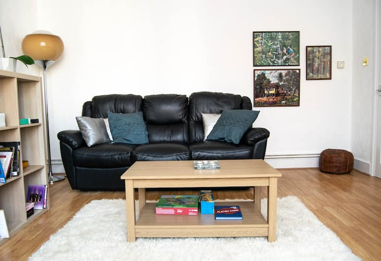Vibrant 3 Bedroom House in Holloway, London, Wohnzimmer