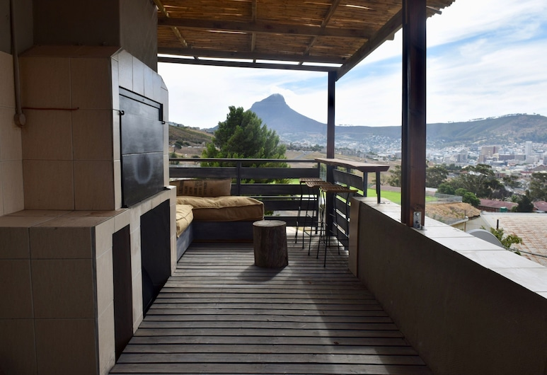 Walmer Estate 2 Bedroom House With Amazing Views, Cape Town, Balcony