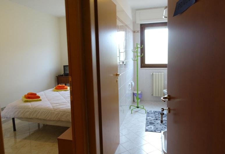 Home Sweet Home, Matera, Double Room (Primula), Bilik Tamu