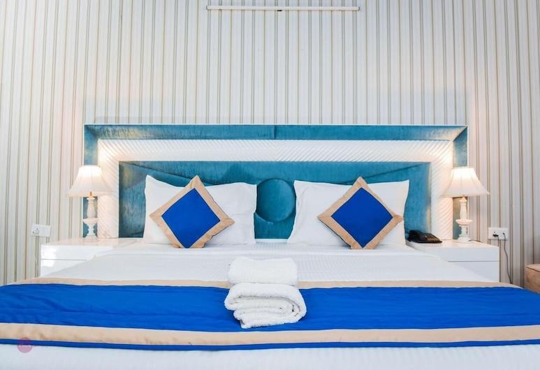 Radient Casa Hotel, Noida, Deluxe-rum - utsikt mot staden, Gästrum
