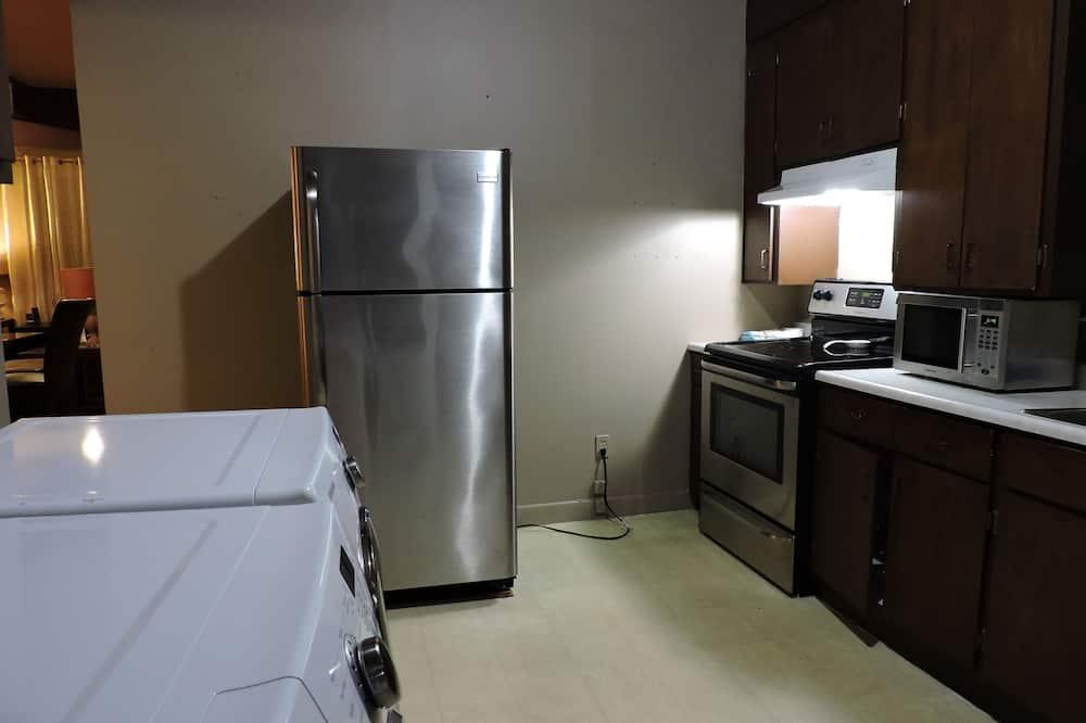 Apartman, 3 spavaće sobe, kuhinja - Obroci u sobi