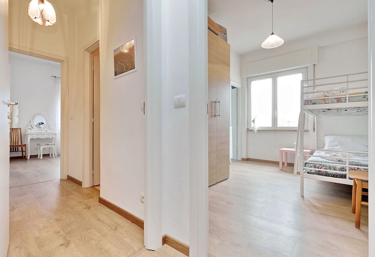 Chiara Guest House in San Paolo, Rome, Apartment, 3 Bedrooms, Room