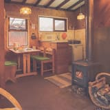 Cabin, Multiple Beds, Non Smoking - Living Area