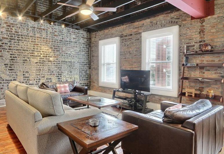 Ellis Square Loft, Savannah, House, Living Room