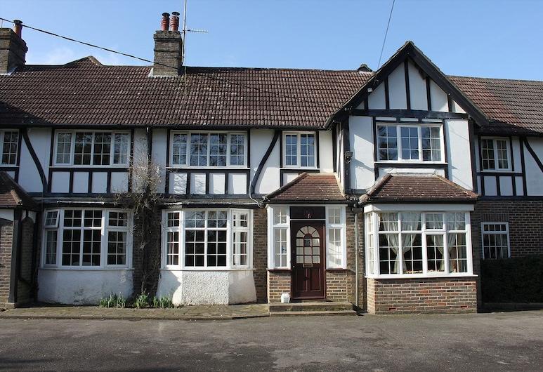 Manor House, Crawley