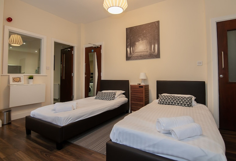Franks Serviced Accommodation, Liverpool, Economy Studio, Shared Bathroom, Guest Room