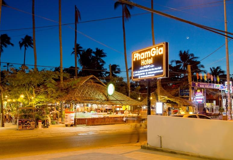 Pham Gia Hotel Mui Ne, Phan Thiet, Hotel Front