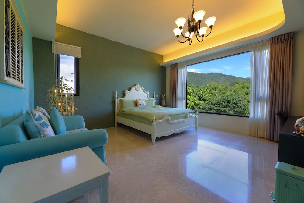 Deluxe Double Room - Mountain View