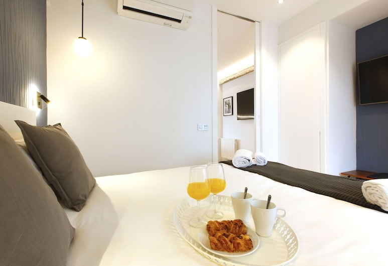 Charming Malasaña by Madflats Collection, Madrid, Apartment, 1 Bedroom, Room