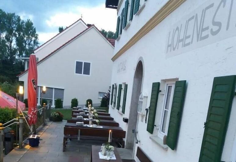 賀內斯特旅館飯店, 馬爾克特因德爾斯多爾夫, 露台