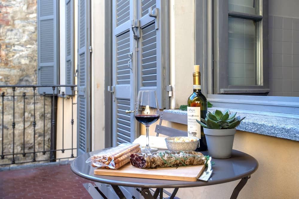 Deluxe Apartment, City View - Terrace/Patio