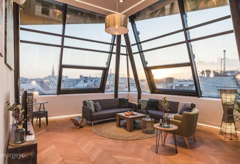 The Flagship Karmelitermarkt by Welcome2Vienna, Vienna, Luxury Apartment, 2 Bedrooms, Terrace (incl. 100€ cleaning fee), Living Area