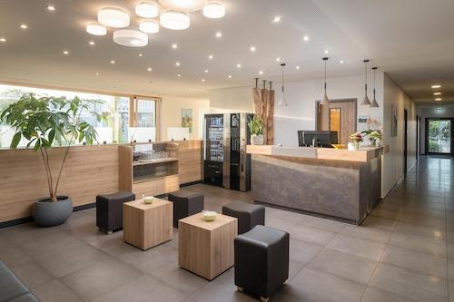 Hegau-Lounge, Mühlhausen-Ehingen – legfrissebb árai