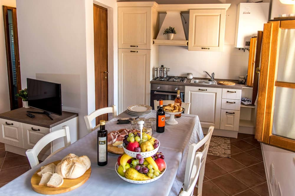 Apartment, 2 Bedrooms (MORELLINO) - In-Room Dining