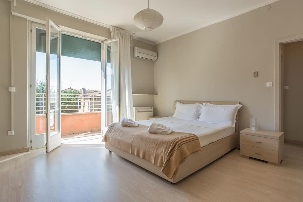 Lejlighed - 2 soveværelser - Værelse