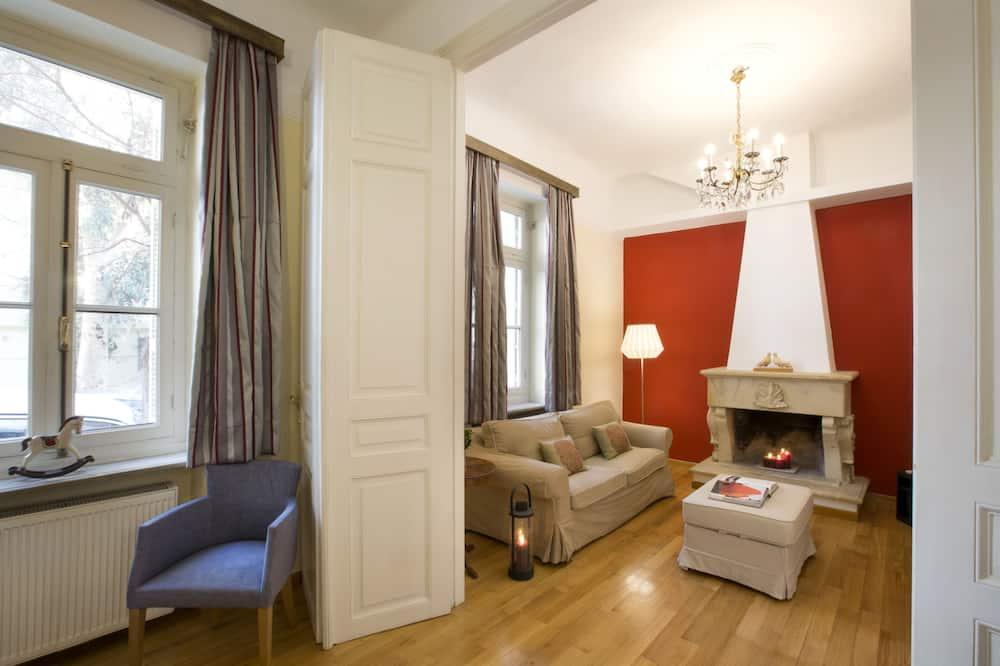 Apartmán, 2 ložnice, terasa - Obývací prostor