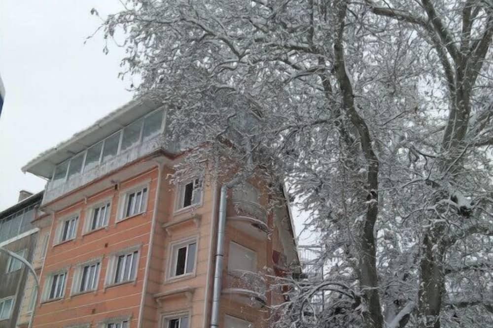 Cinili Hotel