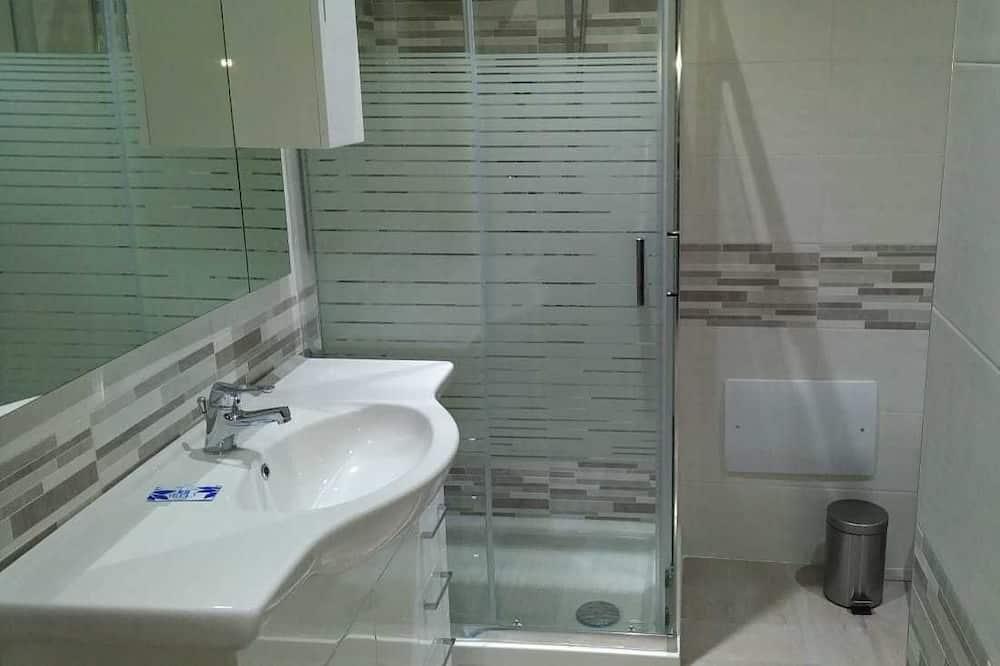 Deluxe-huone, 1 suuri parisänky, Tupakointi kielletty - Kylpyhuone
