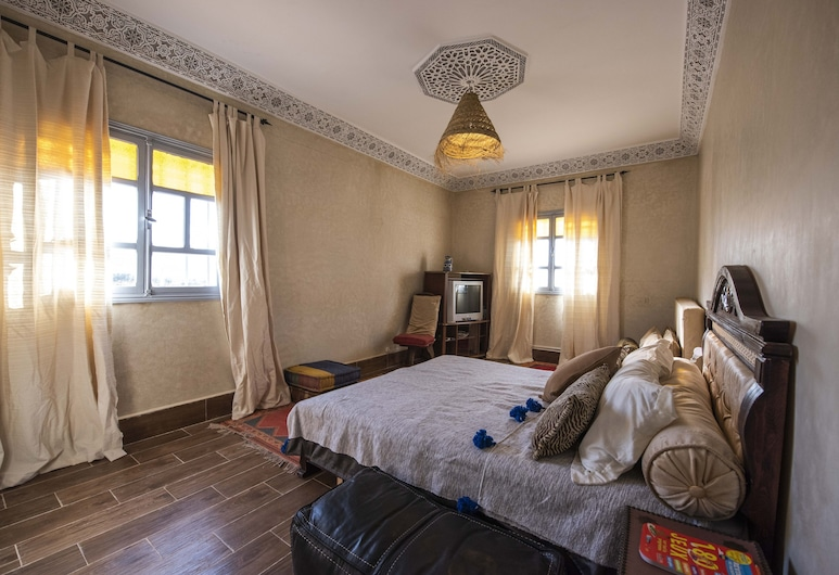 Auberge Le Petit Jardin, Tifni, Comfort Double Room, 1 Double Bed, Non Smoking, Mountain View, Guest Room