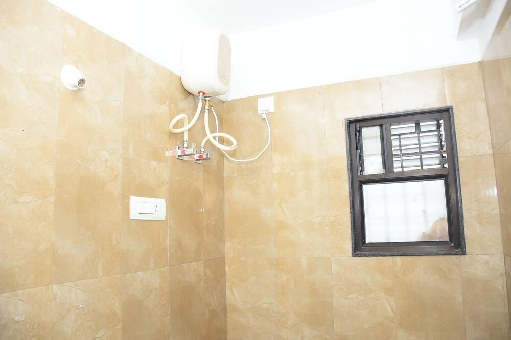 Kamar Double atau Twin Deluks, akses difabel, pemandangan kota - Kamar mandi