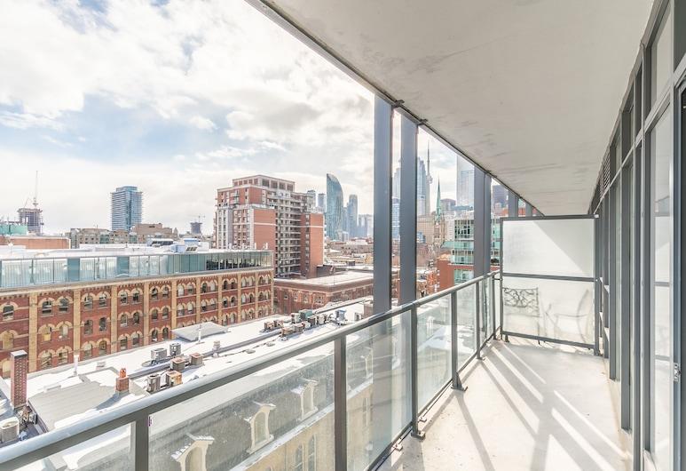 Newly Decorated Trendy Condo Sleeps 4, Toronto, Design Condo, 1 Bedroom, Kitchen, Terrace/Patio