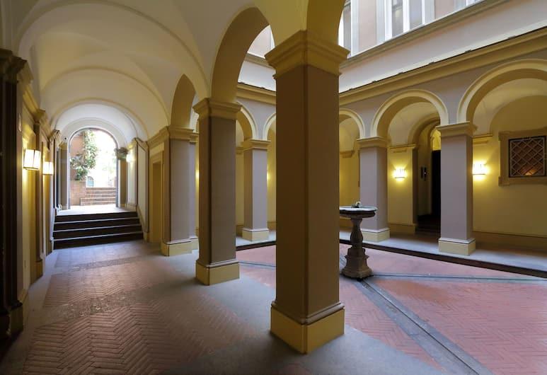 特萊維噴泉涅槃酒店, 羅馬, 住宿入口