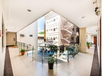 A(z) OYO 443 Maria Cristina Arcade Suites hotel fényképe itt: Cebu