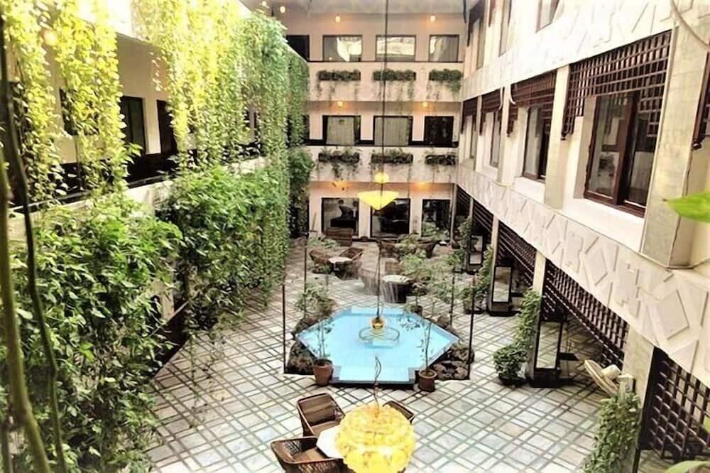 GREENS HOTEL PESHAWAR