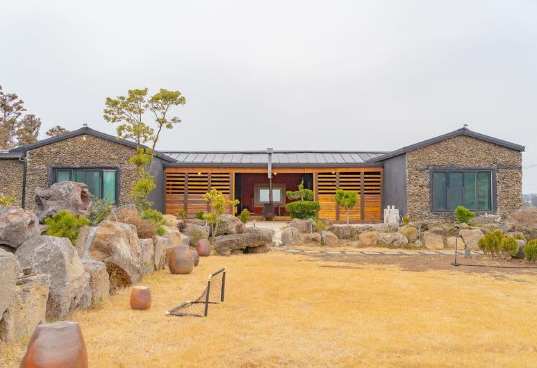 Farmer in Stone, Jeju City