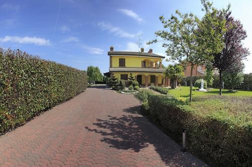 森錫村莊飯店/