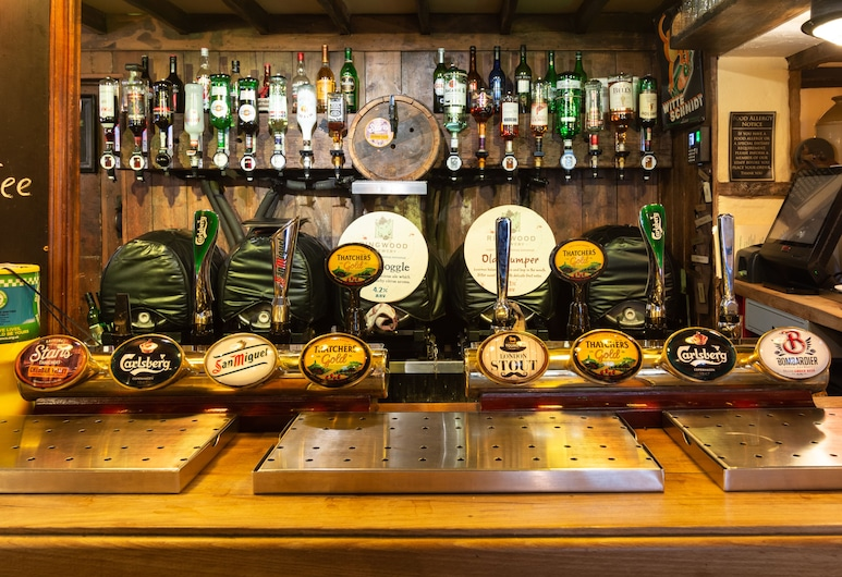 The Half Moon Inn and Country Lodge, Yeovil, Hotel Bar