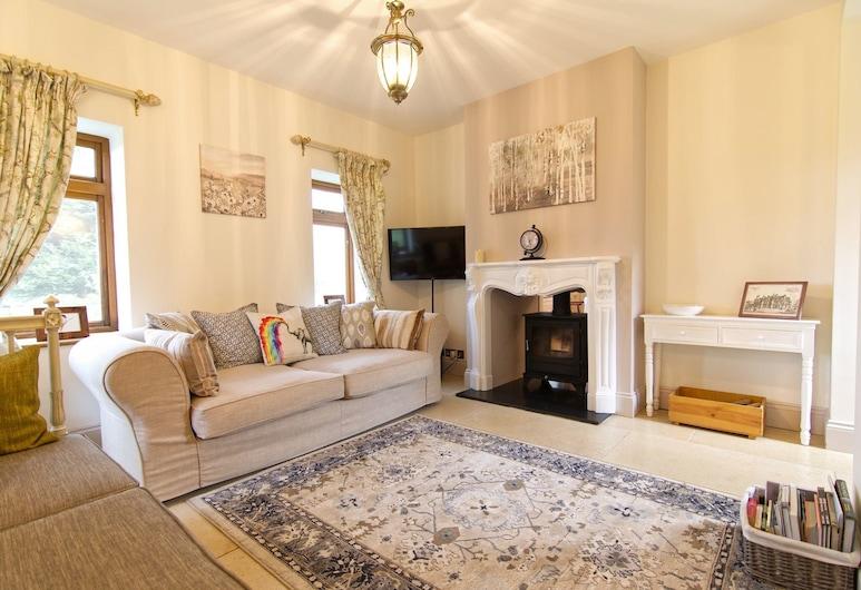 East Lodge Bolney, Haywards Heath, Lounge