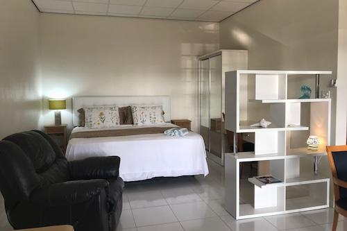 薩利納開放式公寓酒店/