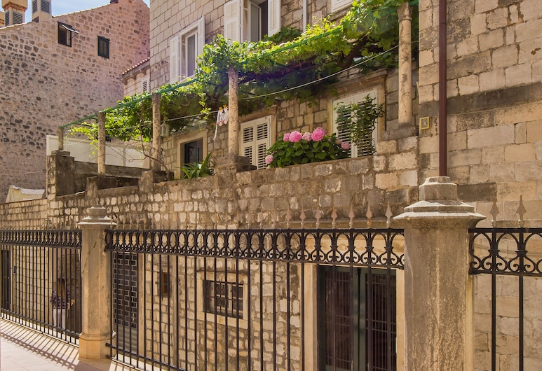Apartment Dox, Dubrovnik, Fasaden på overnattingsstedet