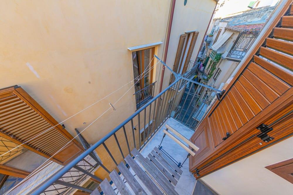 Stüdyo (Camelia) - Balkon