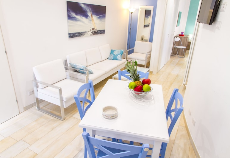 Vanni House 68, Cefalù, Apartment, 2 Bedrooms, Living Area