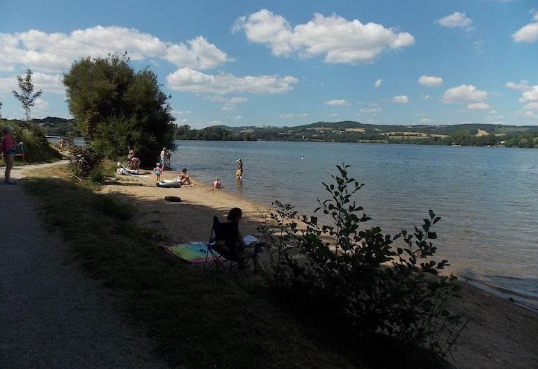 Le Camping St Etienne, Villefranche-de-Panat