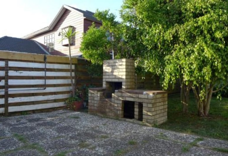 ARent - Serviced House - 7 Rangiatea Road, Auckland