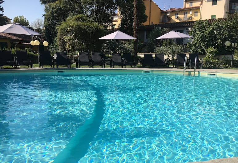 Villa Royal, Florence, Kolam Renang Luar Ruangan