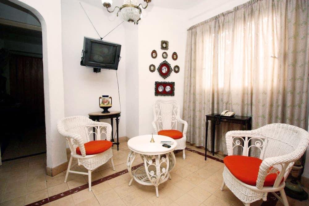 דירת קומפורט, 2 מיטות זוגיות, ללא עישון, נוף לעיר - אזור מגורים