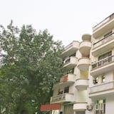 OYO 24376 Merriment Residency