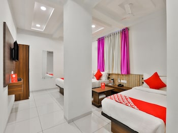 Picture of SPOT ON 17252 Hotel Everest in Ahmedabad