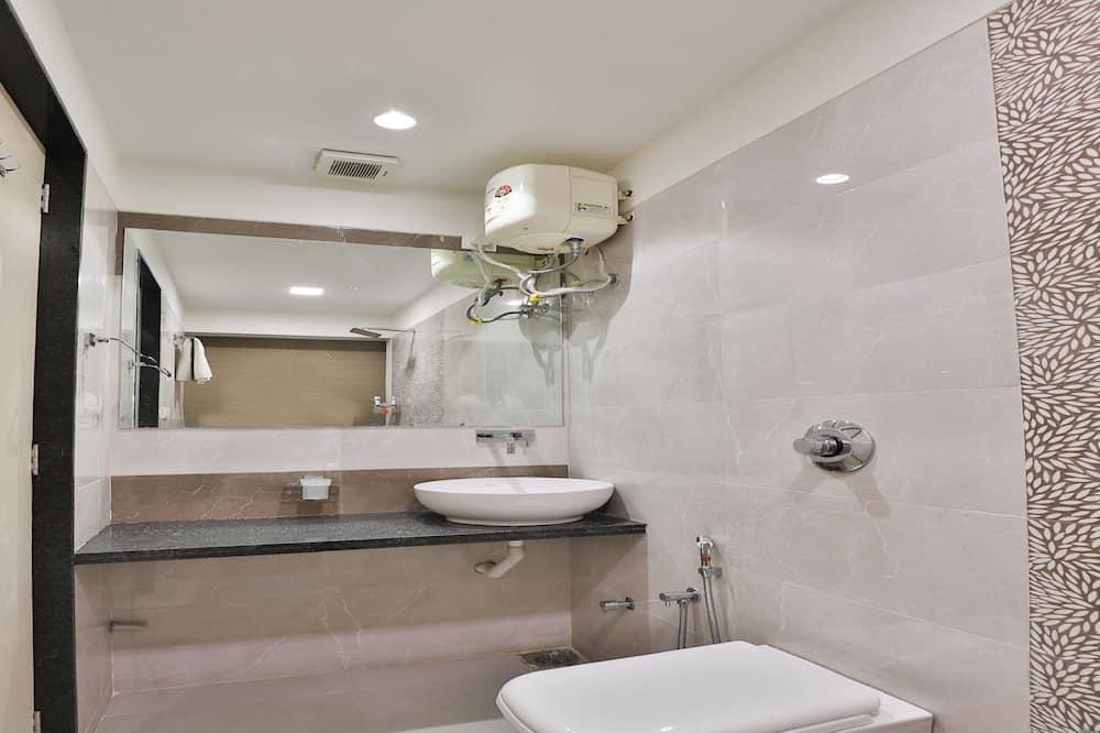 Pokój dwuosobowy z 1 lub 2 łóżkami typu Deluxe, Łóżko king - Łazienka