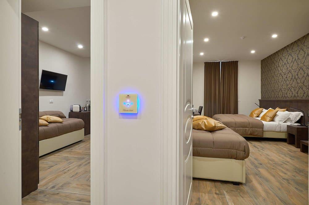 Prabangaus stiliaus trivietis kambarys - Koridorius