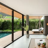 Duplex Grand Pool Villa - Living Room