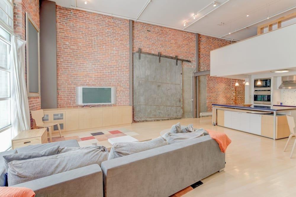 コンドミニアム 2 ベッドルーム - リビング ルーム